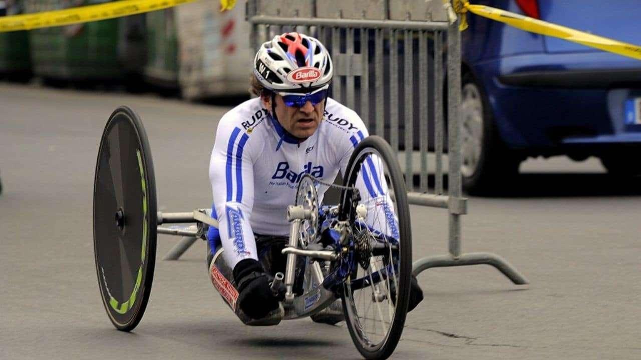 Incidente in handbike per Alex Zanardi: è grave