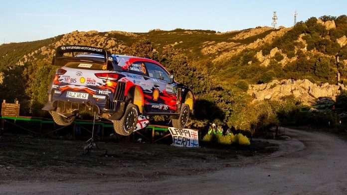 Dani Sordo è sempre più leader del Rally Italia Sardegna valido per il WRC