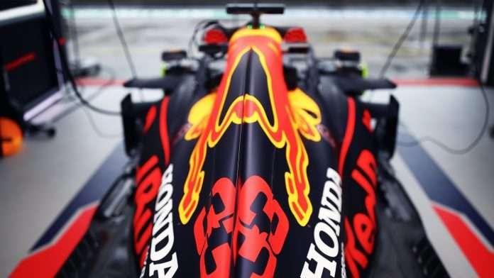 La Red Bull in cerca di power unit