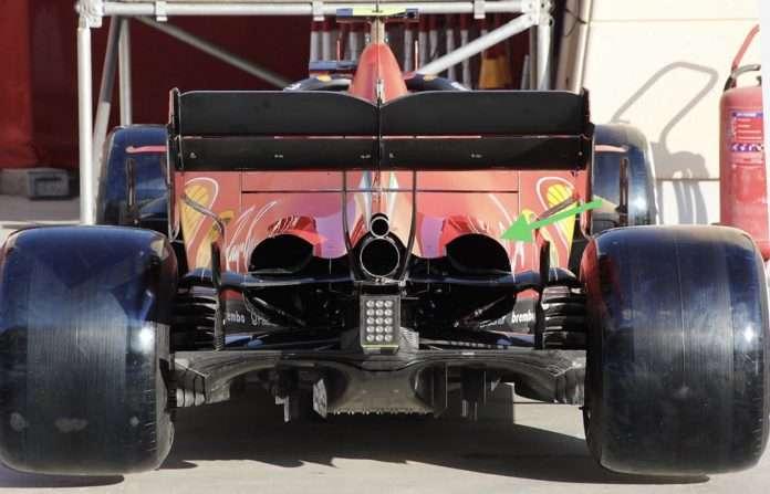 La Ferrari SF1000 in Bahrain sfoggia un cofano aperto al posteriore