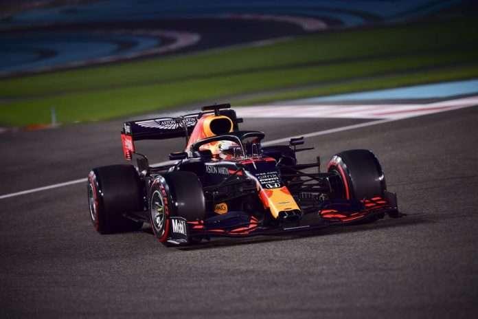 Con una stratosferica pole position Verstappen ha spezzato l'egemonia Mercedes