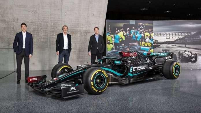 Wolff rinnova Mercedes