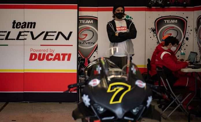SBK Chaz Davies Ducati GoEleven Radio LiveGP 1