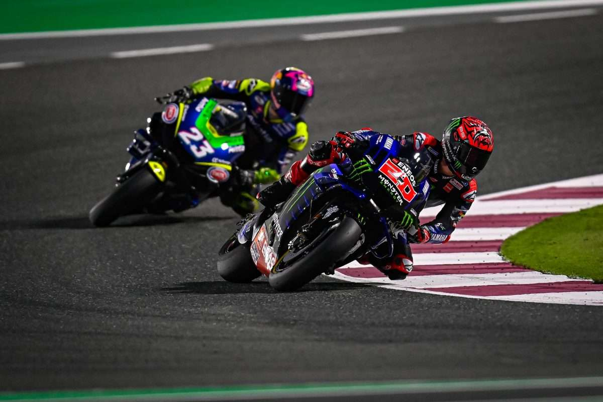 MotoGP | Enea Bastianini e Fabio Quartararo durante i test pre-season in Qatar