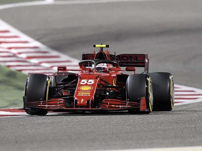 Carlos Sainz in pista a Sakhir