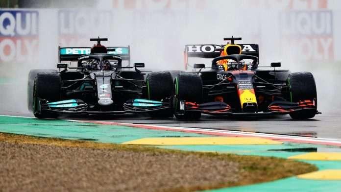 Lewis Hamilton attaccato da Verstappen in partenza