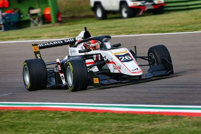 Gregoire Saucy, vincitore di gara-2 a Imola della F. Regional