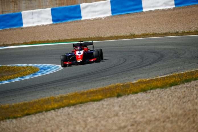 Mick Doohan, protagonista della prima giornata di test f3 a Jerez