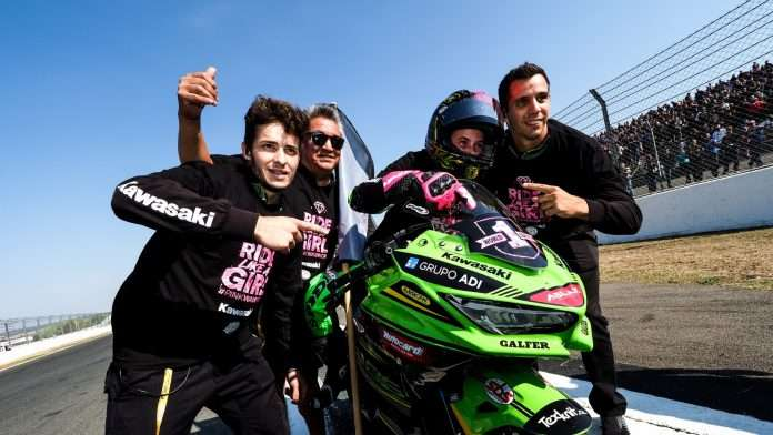 SBK Motorbike Circus Ana Carrasco Champion 1