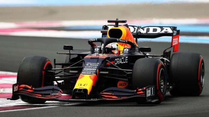 Max Verstappen in pole al Paul Ricard