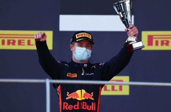 Vips vincitore gara-3 FIA F2 Baku