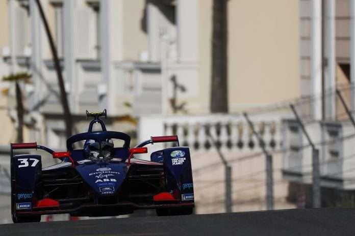 Nick Cassidy in azione a Monaco
