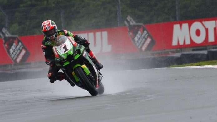 WSBK 2021 | Donington, SuperPole: Rea senza rivali sul bagnato, indietro Ducati e Razgatliouglu