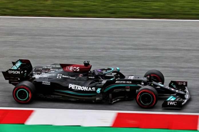 Lewis Hamilton e la sua Mercedes, quarto al Red Bull Ring
