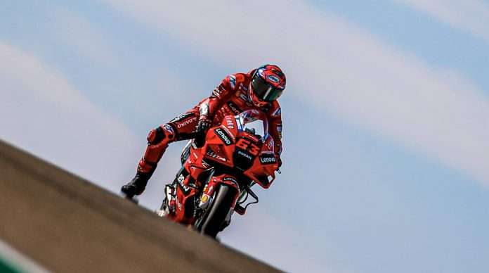 Francesco Bagnaia pole position al MotorLand Aragon