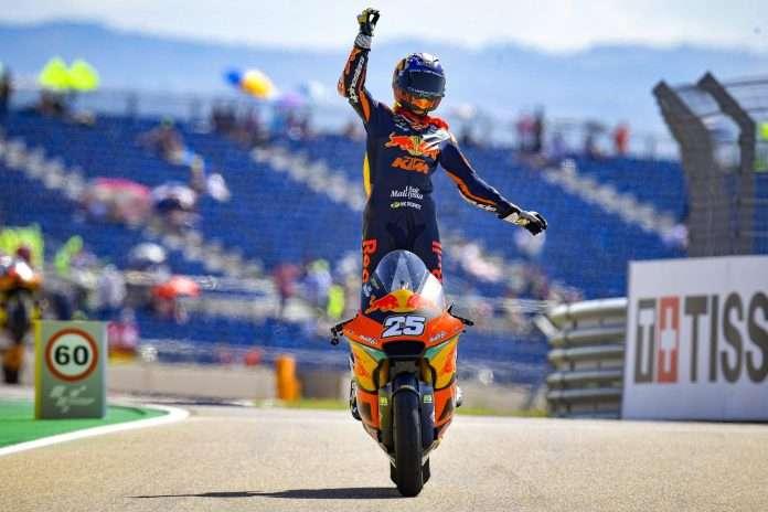 Moto2 | GP Aragón: raúl Fernández domina al Motorland, Gardner e Fernandez a podio